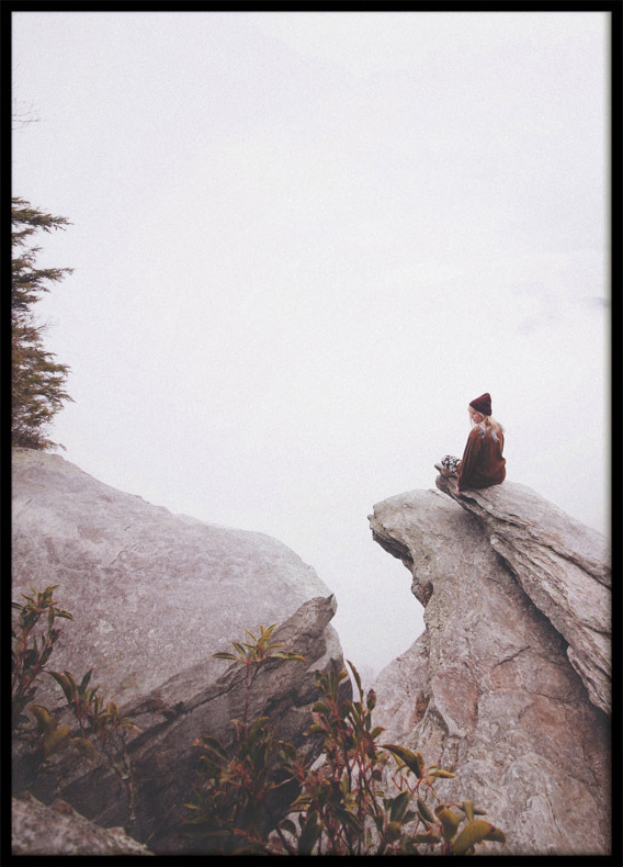 Poster, Woman on a cliff